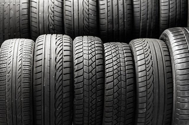 tyre-black3